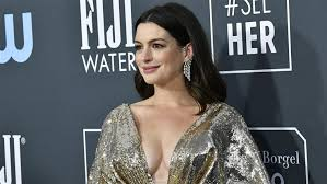 Anne Hathaway Nude Leaked Photos !