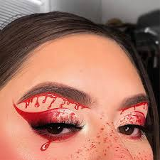 7 quick and easy halloween looks from
