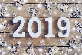 صور مكتوب عليها 2020 احدث صور بها بعض الكلمات لهذا العام وداع