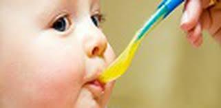 """Cháo """"dinh dưỡng"""": Có đủ dinh dưỡng cho trẻ ăn dặm"""