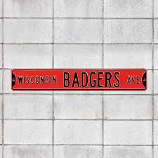 wisconsin badgers avenue red