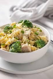 en and broccoli alfredo the