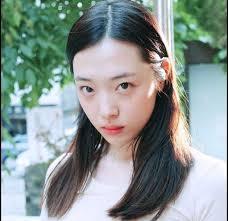 best k pop idol visuals without makeup