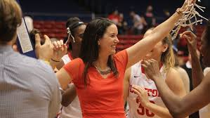 Dayton Flyers' Shauna Green named rookie coach of the year