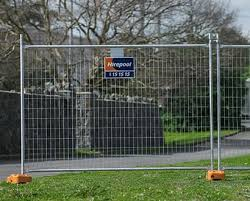 591l Temporary Fencing Self Install 2 1m High 2 7m Long For Hire Hirepool