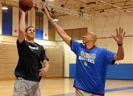 Mychal Thompson proud of son, Klay, for extension with Golden State – Daily  News