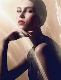 lorena maraschi shines in winter makeup