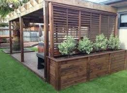 30 Pretty Privacy Fence Planter Boxes Ideas To Try Trendedecor