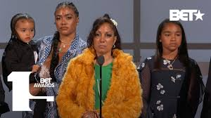 Lauren London, Angelique Smith & Family Accept Nipsey Hussle's Humanitarian  Award | BET Awards 2019 - YouTube