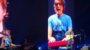 Ed Sheeran (with PJ Smith) - How Would You Feel (Paean) @ Allstate Arena,  Chicago 15/09/17 - YouTube