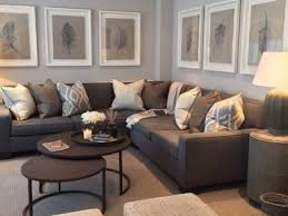 what colour carpet goes with brown sofa