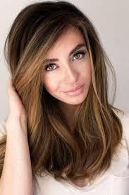 makeup for brunettes with green eyes
