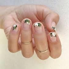 short nail art designs for chic las