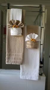 towel folding bathroom decor with