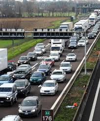 Incidente sulla A4 tra camion e auto: code tra Trezzo e Agrate ...