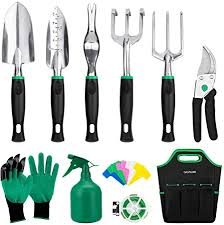 com gigalumi garden tools set