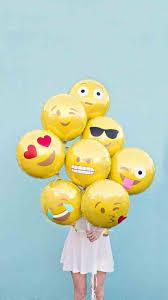 cute emoji wallpapers for iphone