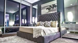 decorating with mirrored furniture