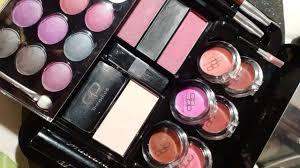 cp makeup kit saubhaya makeup