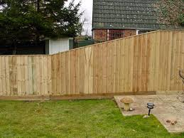 Image Result For Close Board Fence On Slope With Trellis Sloped Yard Backyard Fences Building A Fence