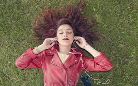 La magia tras el 'audio 8D': la última moda que triunfa en ...
