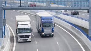 Kamiony z Polska, Maďarska či Rumunska vytlačují české dopravce. Ti bojují  i s nedostatkem řidičů | iROZHLAS - spolehlivé zprávy