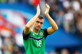 Emotional Aaron Hughes retires as a Northern Ireland hero after 21 year  international career - BelfastTelegraph.co.uk