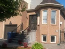 for longueuil 28 houses for