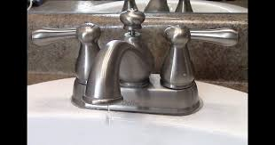 dripping delta faucet kitchen dengan