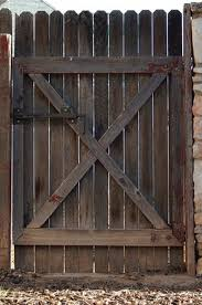 Learn How To Build A Double Gate For A Wood Privacy Fence How To Guides Tips And Tricks