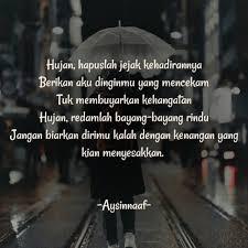 para pecinta hujan yang selalu larut dalam kenangan