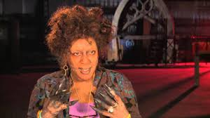 CCH Pounder's Official 'The Mortal Instruments City of Bones' Interview -  YouTube