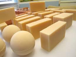 Bahan - Bahan  Pembuatan sabun