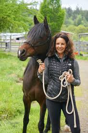 June Volunteer of the Month: Amie Smith   Save a Forgotten Equine (SAFE)
