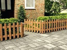 Short Wood Fence Front Yard Google Search Rustic Garden Fence Front Garden Small Front Gardens