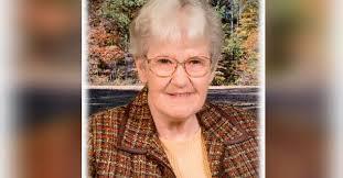 Joan Beck Obituary - Visitation & Funeral Information