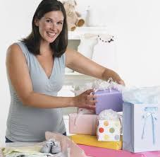 Kinh nghiệm sắm đồ sơ sinh cho các mẹ trước khi sinh em bé