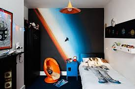 18 Space Themed Rooms For Kids