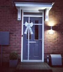 christmas bow front door decoration