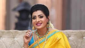 Priya Raman - Celebrity Style in Sembaruthi Episode 681, 2020 from Episode  681. | Charmboard