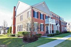 newtown pa condos townhomes
