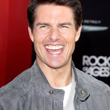 Tom Cruise Teeth: Story Behind Actor's Misaligned, Discolored Smile