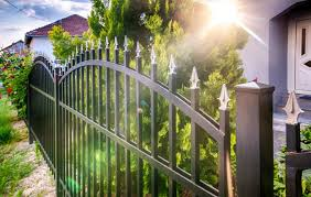 How To Buy Vinyl Fencing Materials In Los Angeles Fencing Los Angeles