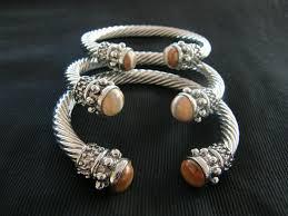 launa s jewelry cayman farmers market
