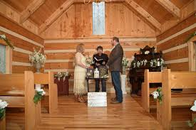 weddings chapel in pigeon forge tennessee