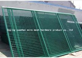 Warehouse Square Wire Mesh Fencing Panels Easy Transportation Simple Design
