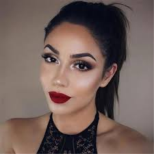 trendy makeup looks with red lipstick