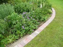 using pavers for garden edging