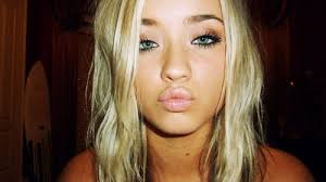 blonde hair green eyes makeup 2020