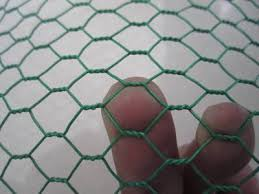 Hexagonal Wire Mesh Fence Also Called Hexagonal Wire Netting Or Chicken Wire Mesh Is Made From Stainless Steel Or H Chicken Wire Wire Mesh Fence Wire Netting